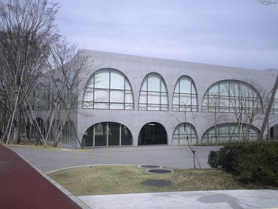 【まとめ1704-4】多摩美術大学付属図書館